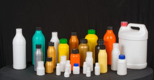 plastic bottles from extrusion blow mold